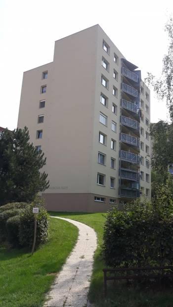 Renoirova 622, Praha
