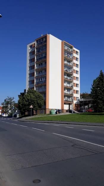 Pražská 1014, Praha 10